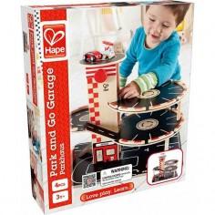 Garage en bois et station service - Hape Toys